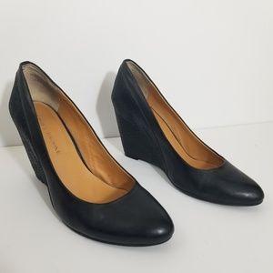 Audrey brooke Daphne black leather wedges 9 1/2